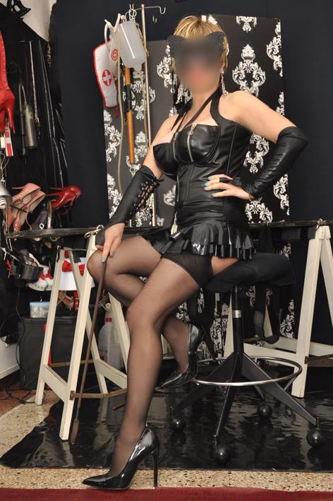 MILANO Debora Mistress