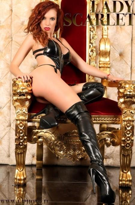 MILANO Lady Scarlet, la mistress che realizza le tue fantasie erotiche. Tour a Firenze