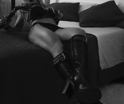 FIRENZEMistress Culturista 30enne + Video