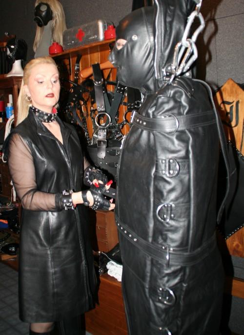 BRESCIA Mistress INGRID Dominatrice italiana, Padrona elegante, determinata e di classe, autentica e