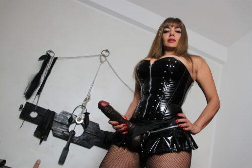 MILANO Autentica mistress