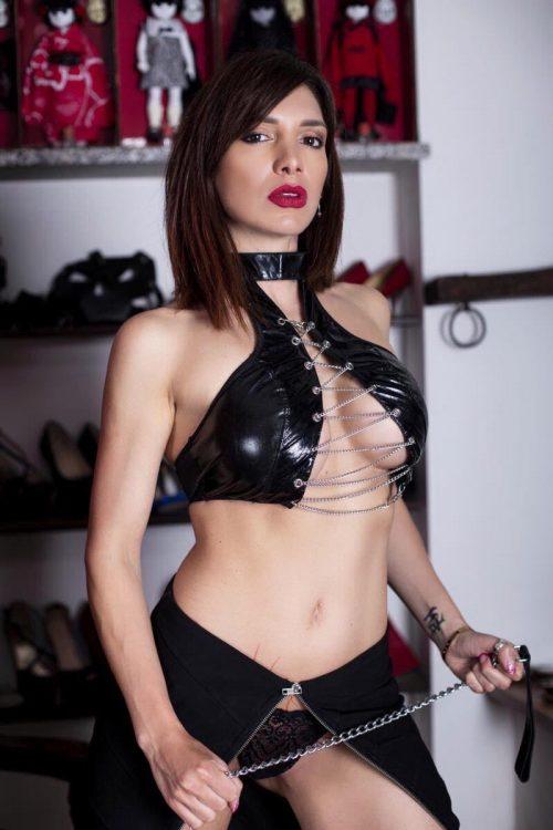 MILANOLady Scarlet erotismo e dominazioneDate Tour aggiornate