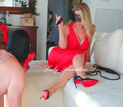 BOLOGNALady AnnalisaEsclusiva Mistress ItalianaLive e virtuale