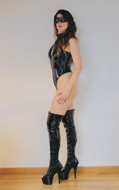ROMAMiss Victoria AfroditeMistress bellissima ed elegante+▶VIDEO
